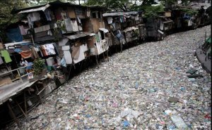 garbage-a-polluted-creek-003