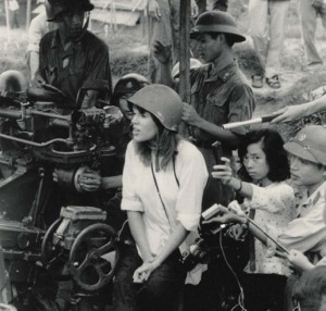 jane-fonda-sitting-on-an-nva-anti-aircrat-gun-in-1972